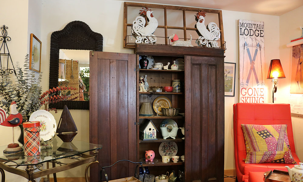 Antique cabinets in Foothills