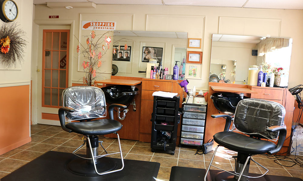 Hair salon at Trimmers Salon and Basket Creations